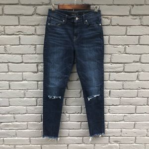 Lucky Brand Distressed Darkwash Selvedge Hem sz 8